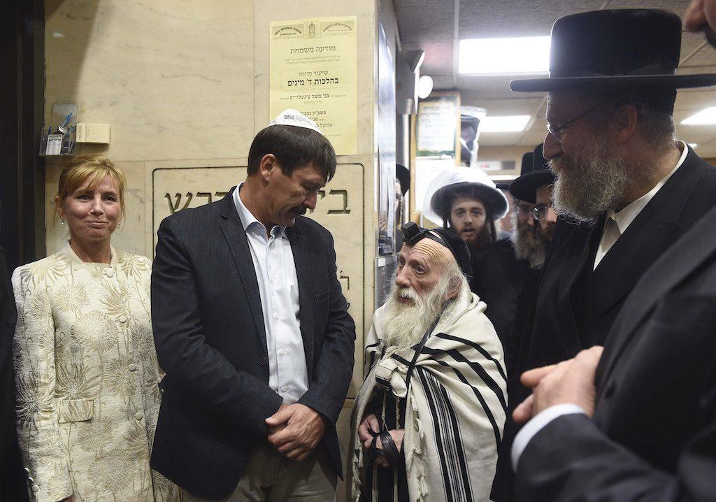 Áder János magyar gyökerű haszid zsidókkal találkozott New Yorkban