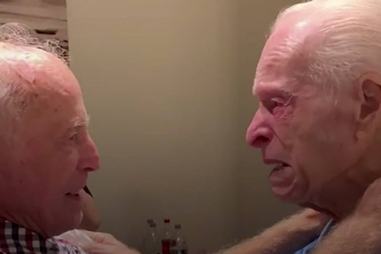 75 év után találkoztak újra a holokauszt-túlélő unokatestvérek