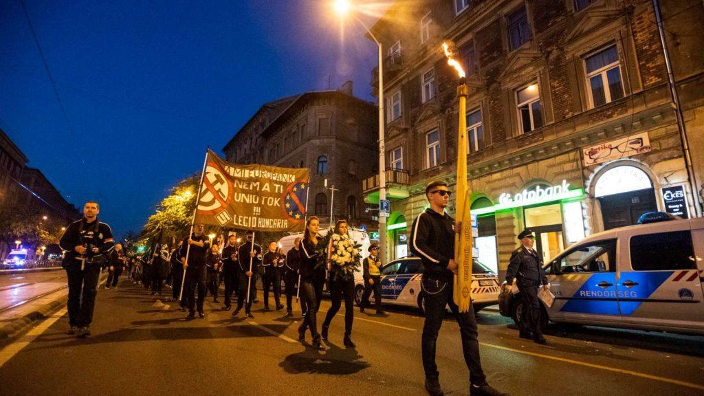 Kilenc embert fogtak el az Auróra elleni támadással kapcsolatban