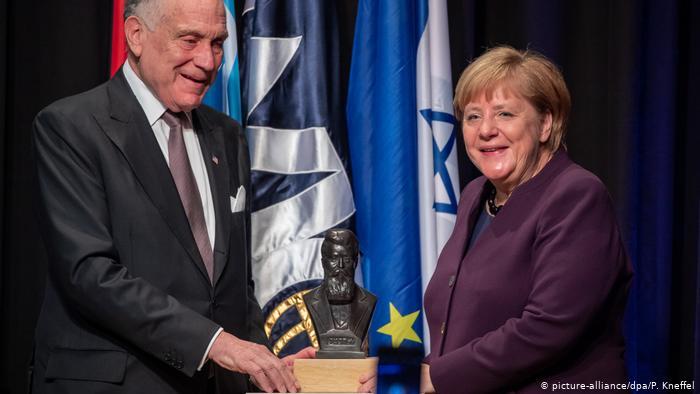 A Zsidó Világkongresszus kitüntette Angela Merkelt