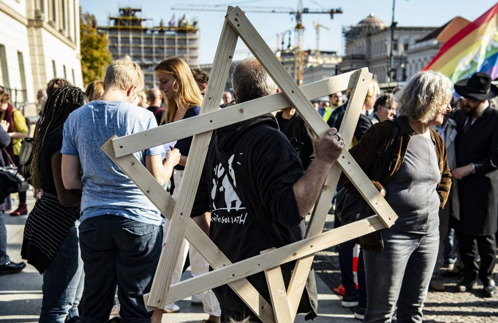"""Berlini zsidók: """"Két tűz között vagyunk"""""""