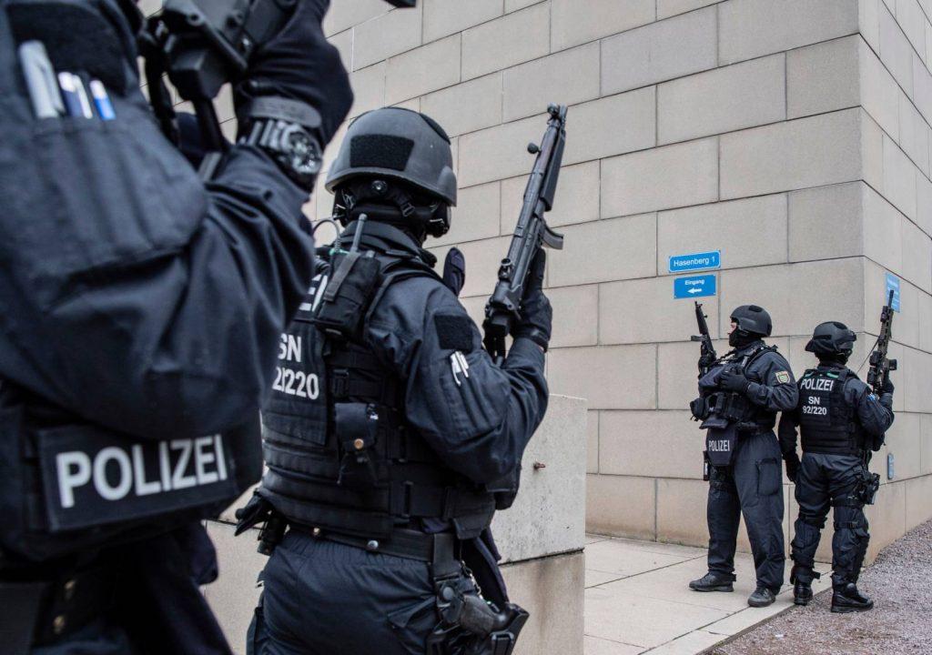 A szélsőjobboldali terror elleni összefogást sürget Sebastian Kurz