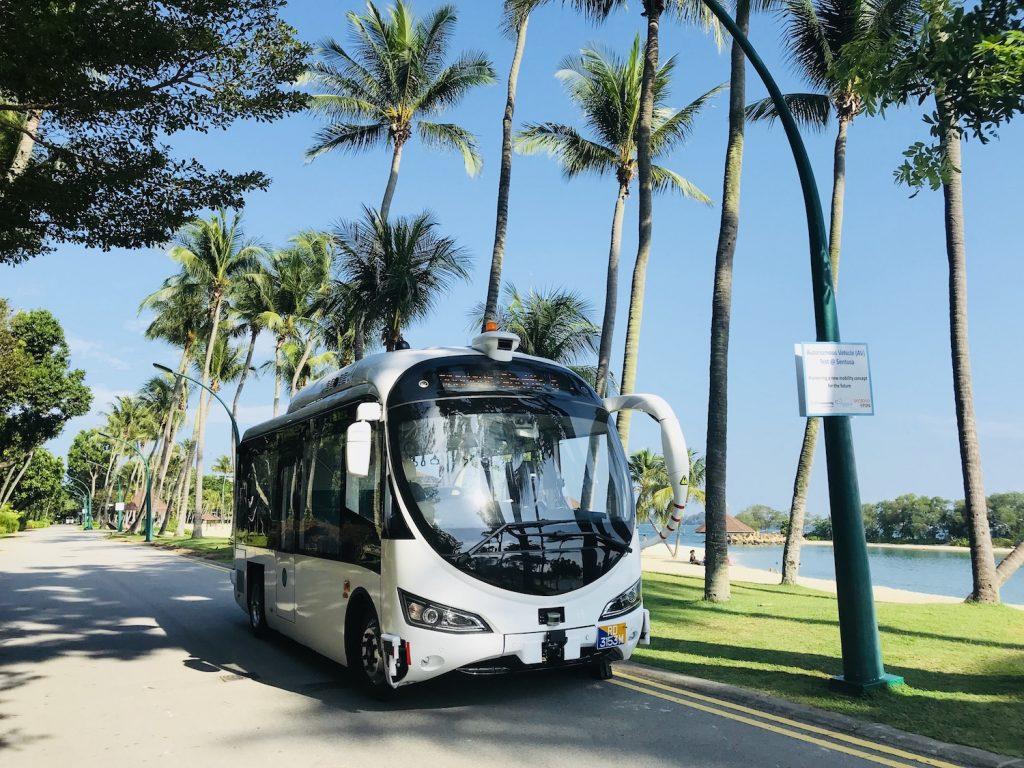 Vezető nélküli autóbuszok készülnek magyar-izraeli hozzájárulással