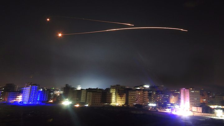Rakétákat lőttek ki Szíriából Izrael irányába