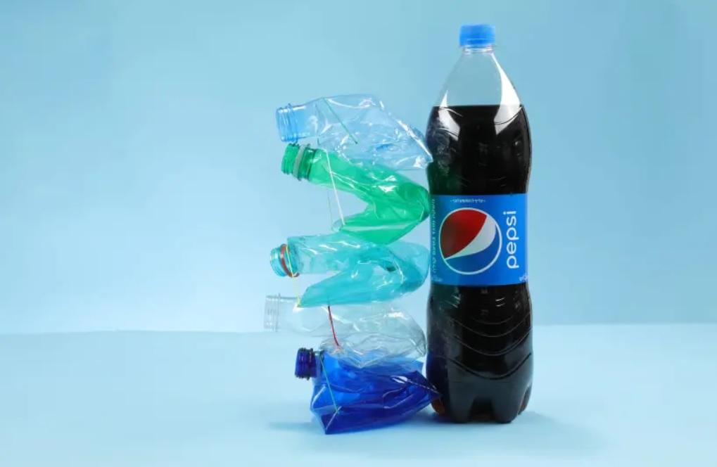 Izraeli gumiszalag oldaná meg a PET palackok újrahasznosítását?
