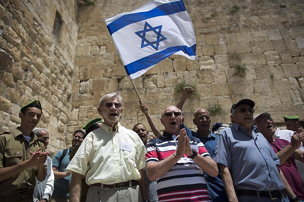 Közel kilencszáz 100 évnél idősebb holokauszt túlélő lakik Izraelben