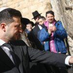Holokauszt-túlélőknek engedte át helyét az ukrán elnök és kísérete a jeruzsálemi megemlékezésen
