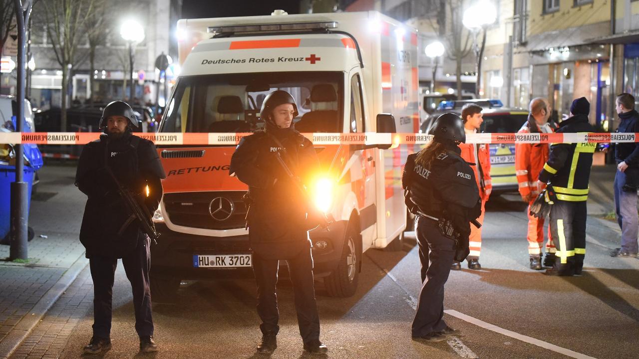 Szélsőjobboldali terrorista gyilkolt Németországban