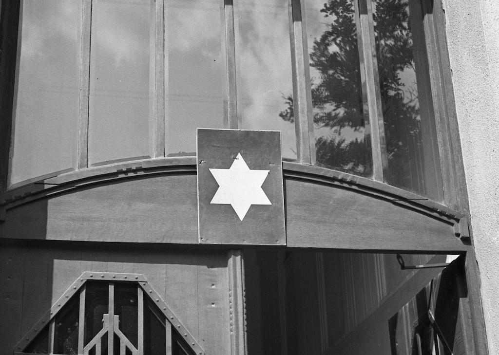 Ma is őrzi a sárga csillag emlékét egy újlipótvárosi lakóház