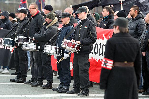 Betiltotta a rendőrség a Becsület Napja megemlékezést