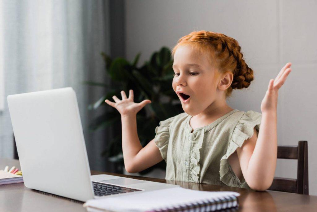 Rászoruló gyerekek számára keres használt laptopokat a Jaffe Zsidó Családsegítő