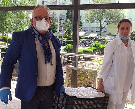 Ételadomány a Debreceni Zsidó Hitközségtől a kórházaknak