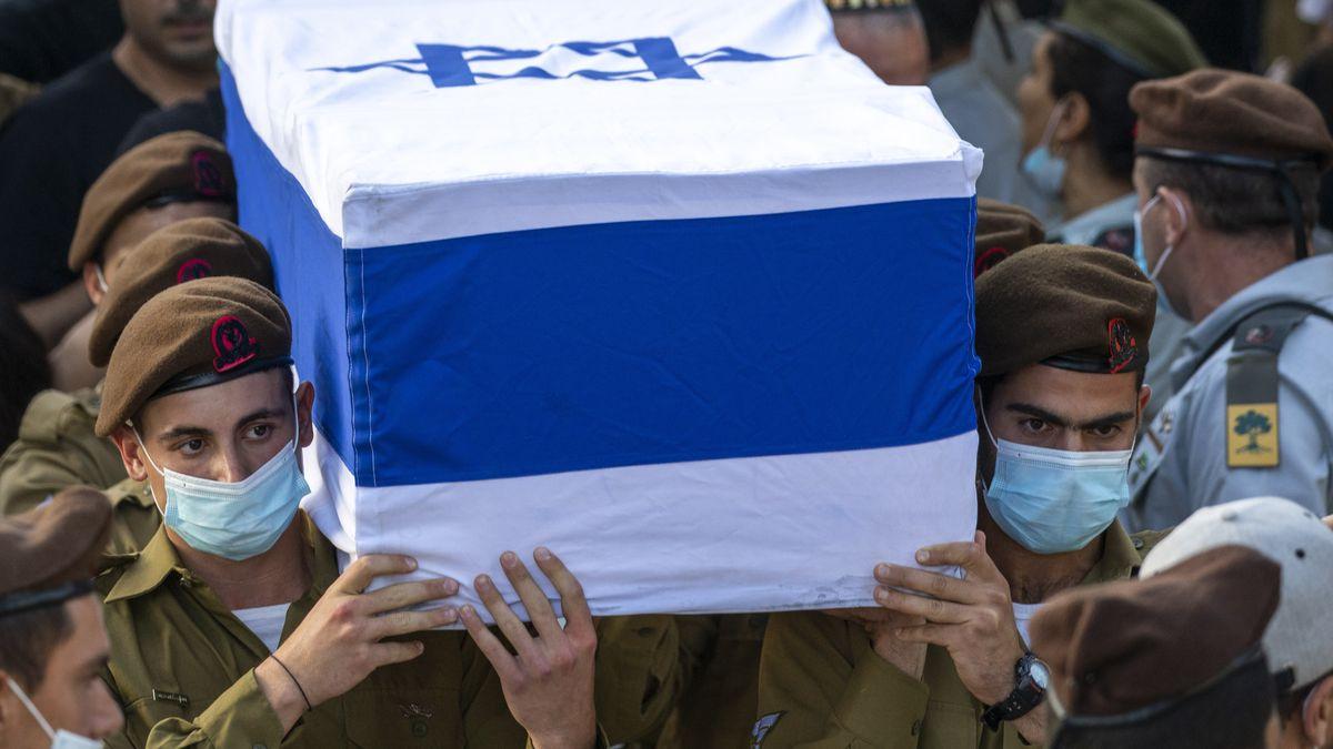 Háztetőről ledobott kőtömb végzett egy izraeli katonával