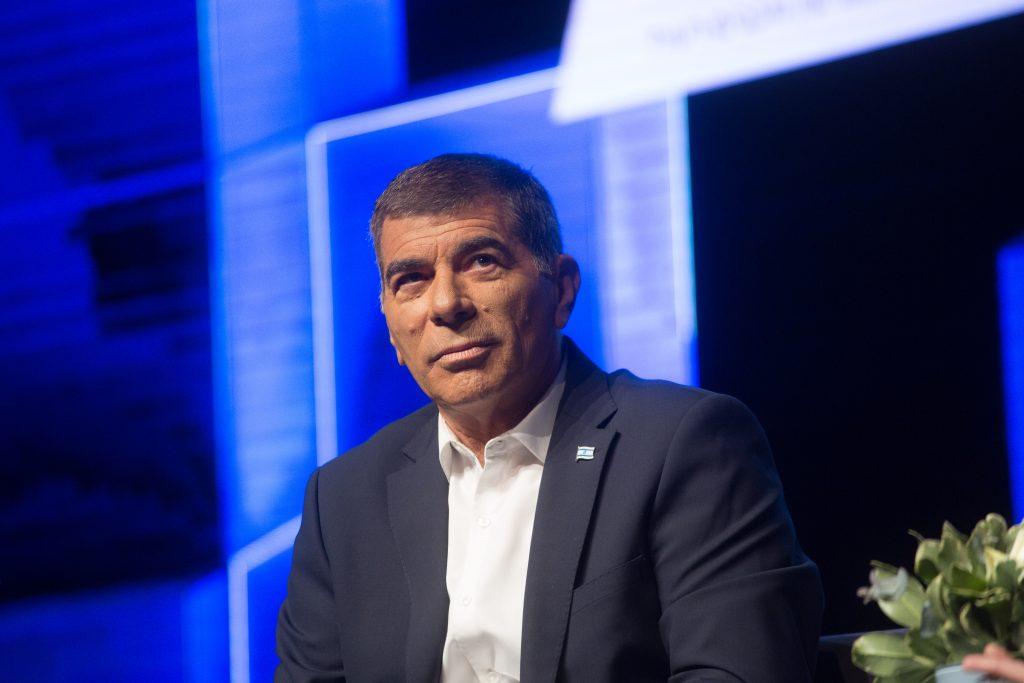 Az izraeli külügyminiszter cáfolja, hogy egyetért a magyar migránspolitikával