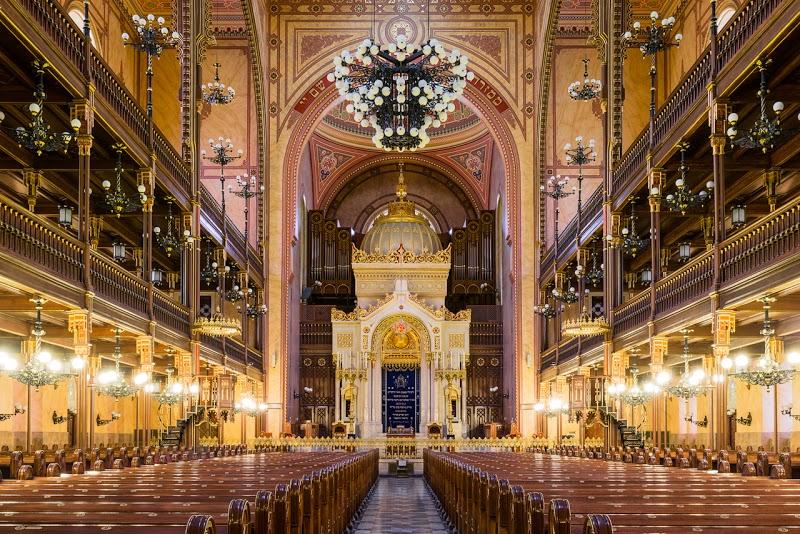 Kinyitnak a zsinagógák Magyarországon – Kibic Magazin