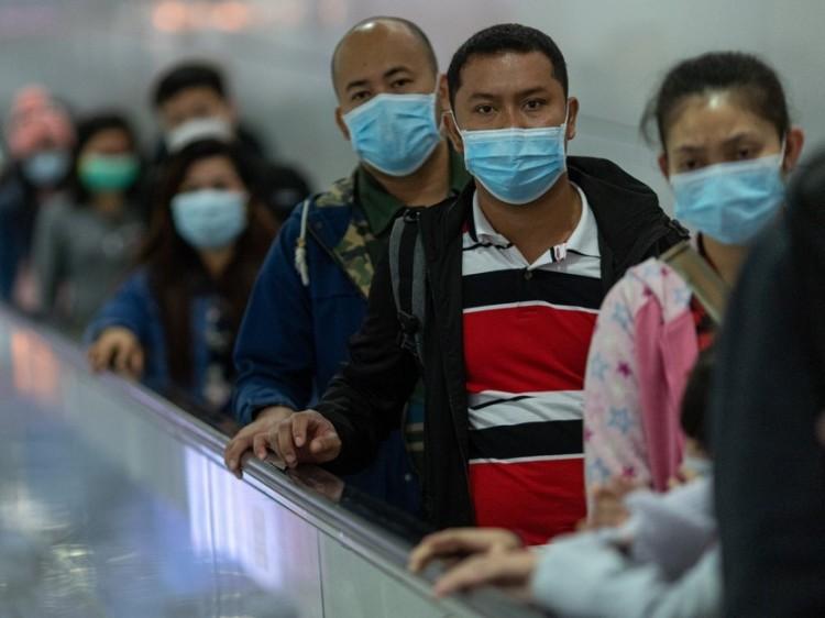 Két évig is tarthat a koronavírus járvány, a második hullám akár rosszabb is lehet