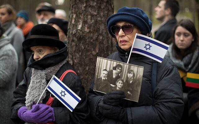 Ünnepelnek a koronavírustól megmenekült litván zsidók