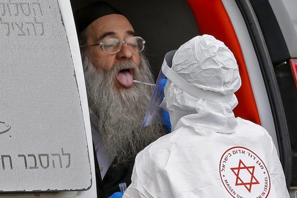 Izraelben továbbra is emelkedik a fertőzöttek száma