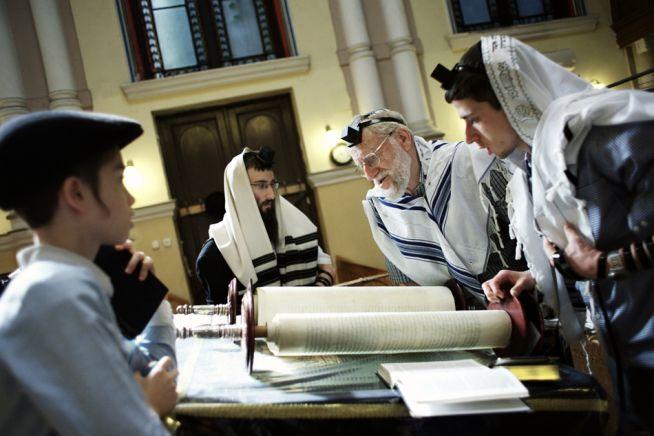 Újra kinyitnak az EMIH zsinagógái