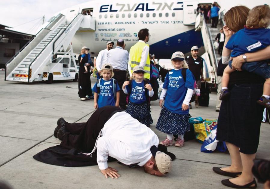 90,000 bevándorló érkezhet Izraelbe a következő 18 hónapban