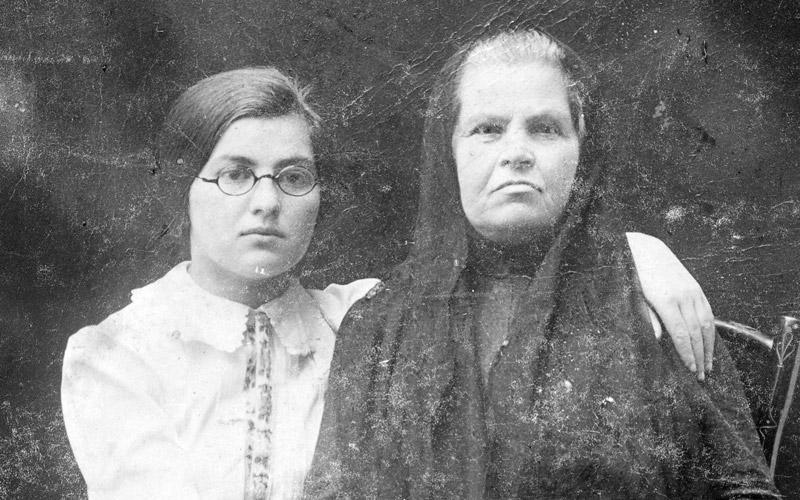 286 zsidó holttestét találták meg egy ukrajnai pincében