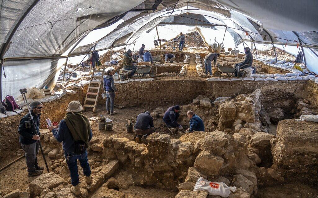 Egy rejtélyes dombon kerültek elő értékes leletek Jeruzsálemben