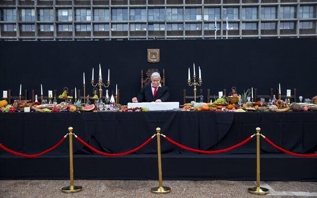 Netanjahu lett az utolsó vacsora főszereplője a Rabin téren