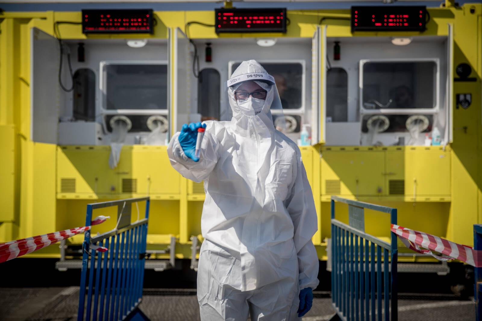 Izraelben ismét erőteljesen terjed a koronavírus-járvány