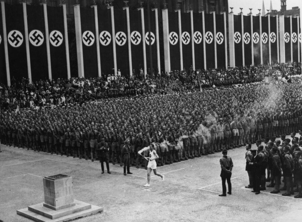 Az 1936-os berlini olimpiát ünneplő videót tweetelt a Nemzetközi Olimpiai Bizottság