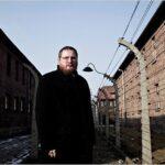 Börtönbe menne az Auschwitz Múzeum vezetője egy 13 éves fiú helyett