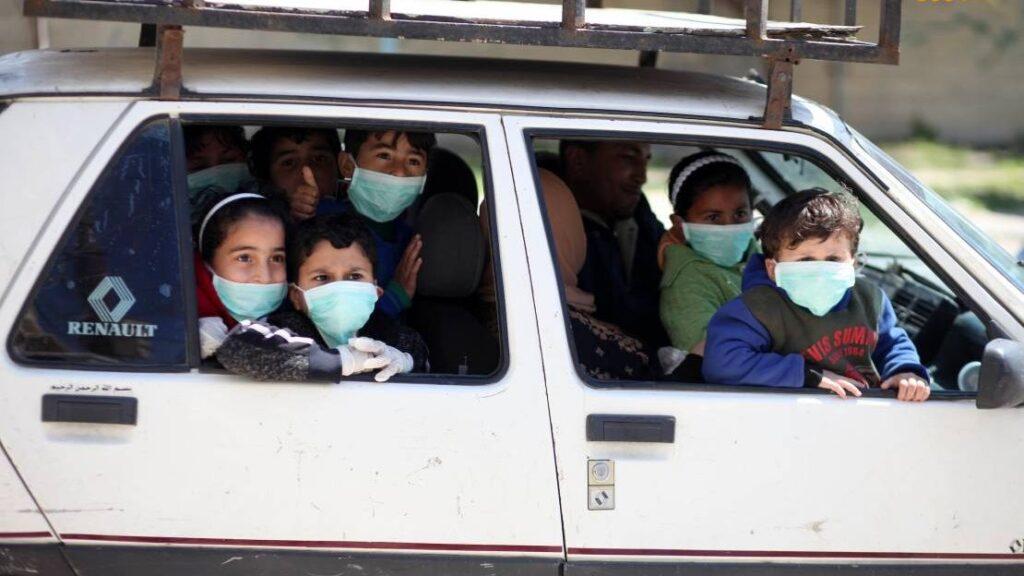 Fellázadtak az ortodoxok a különösen fertőzött helyek lezárása miatt