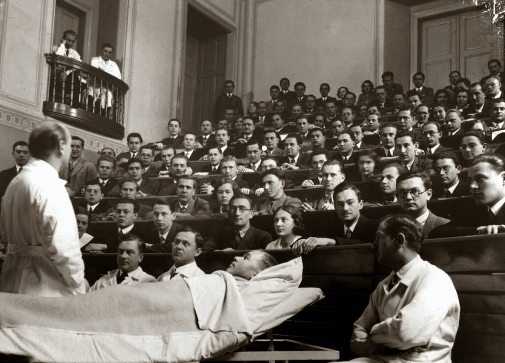 100 éves a zsidóság társadalmi visszaszorítását célzó numerus clausus törvény