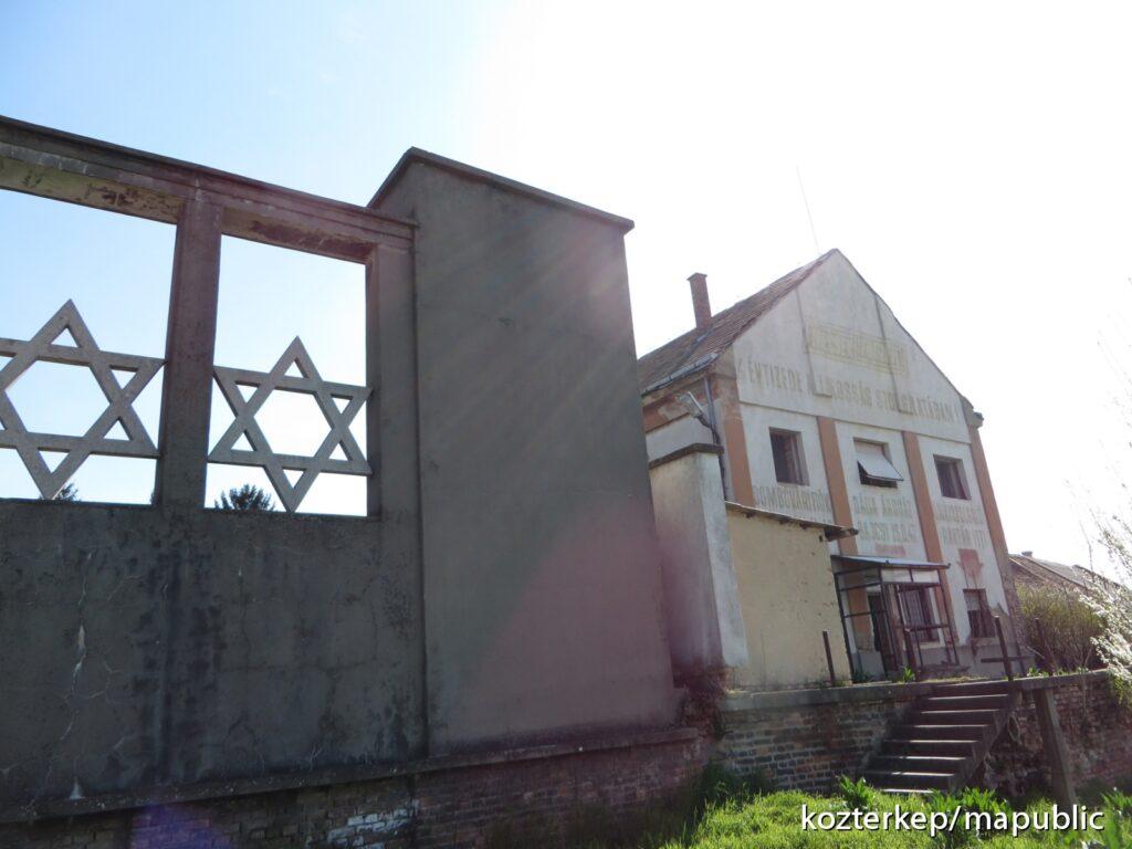 Emlékház lesz az egykori zsidó iskolából Dombóváron