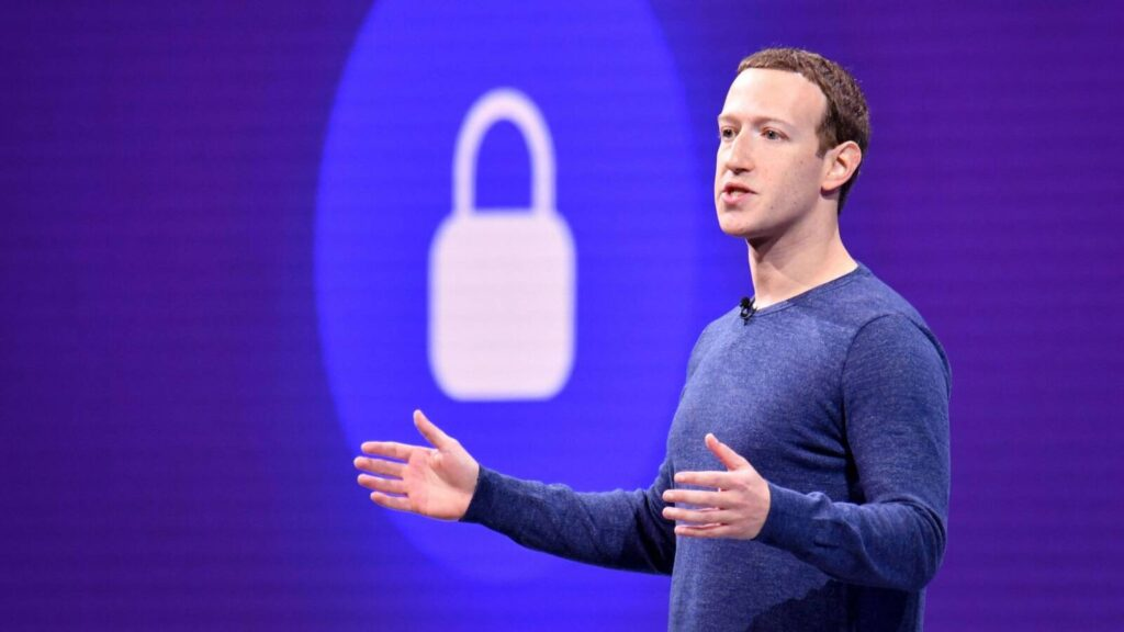 AFacebookbetiltja platformján a holokauszttagadást