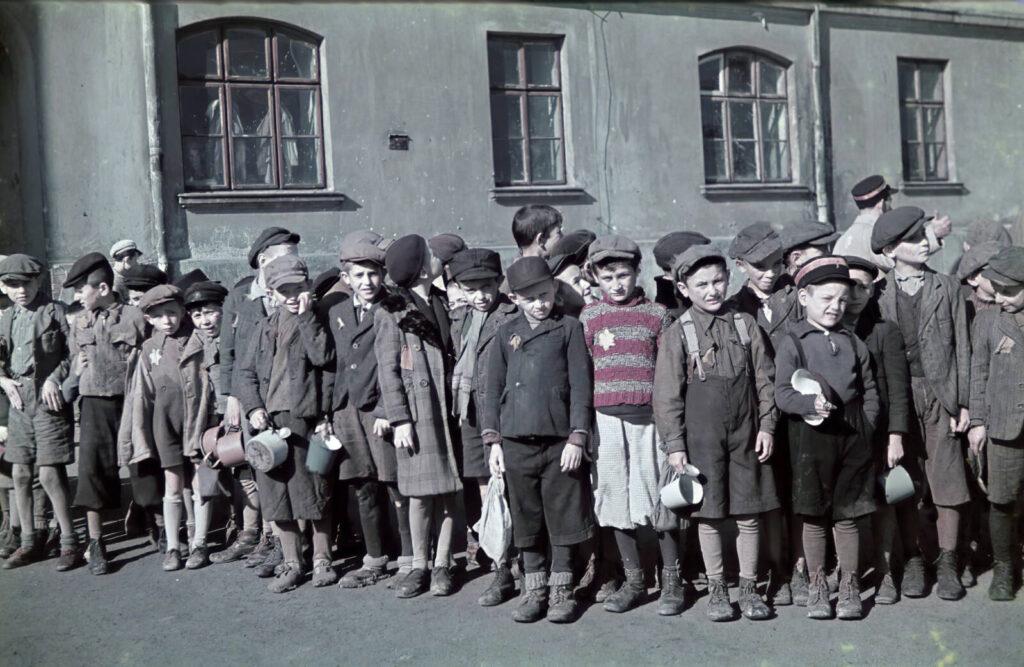 Újabb szintre emelkedett a lengyelek a holokausztban betöltött szerepéről szóló vita