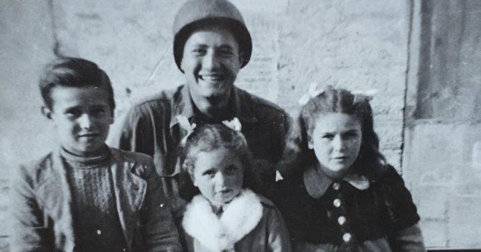 Magyar-zsidó származású veterán 76 év után találta meg a háborúban vele fotózkodó gyerekeket