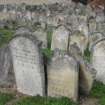 Nyolcvankilenc zsidó sírkert újul meg 1 milliárd forintból