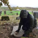 Keresztény önkéntesek tették rendbe a tállyai zsidó temetőt