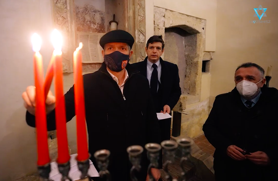 Közel 500 év után gyújtottak ismét hanukai gyertyákat Sopron középkori zsinagógájában