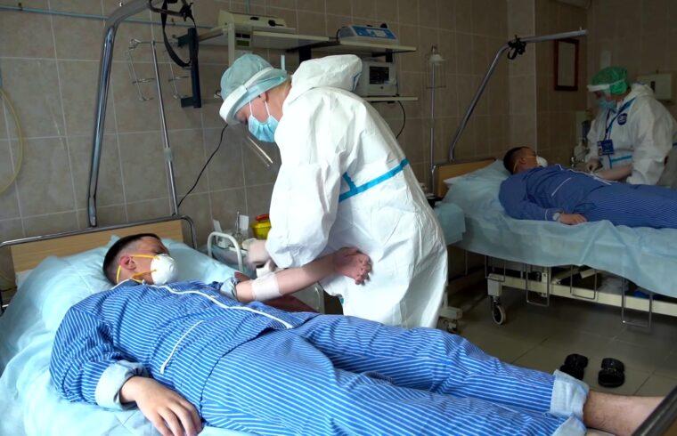 Az oltások ellenére egyre gyorsabban terjed a járvány Izraelben