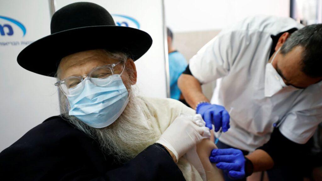 Izraelben is megjelent a koronavírus gyorsabban terjedő mutációja