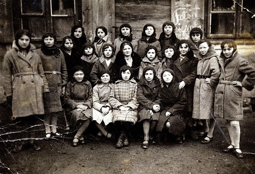 Haszid lányok, akik megreformálták a zsidó oktatást az 1800-as évek Osztrák-Magyar Monarchiájában