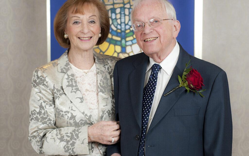 70 éves, gyémánt házassági évfordulót ünnepelhet a százéves holokauszt túlélő