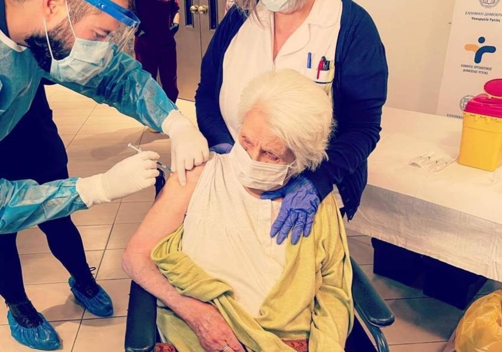 Izrael a világ összes holokauszt-túlélőjét beoltaná koronavírus ellen