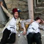 Vezető ultraortodox rabbik: a járvány miatt idén tilos a purimi lerészegedés