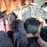 Több ezer zarándokot várnak Bodrogkeresztúrra a csodarabbi sírjához
