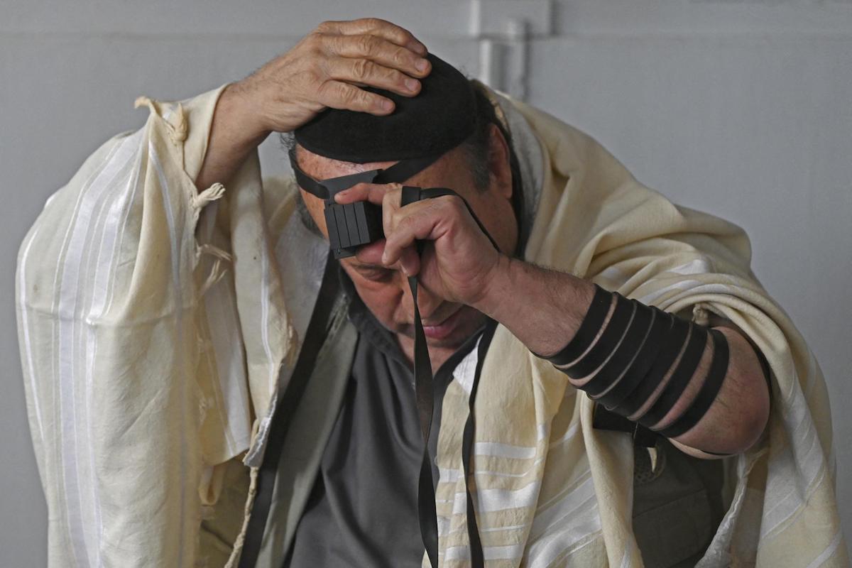 Izraelbe költözik az utolsó afganisztáni zsidó – Kibic Magazin