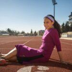 Ötgyerekes ortodox maratonfutónő az Adidas új kampányának arca