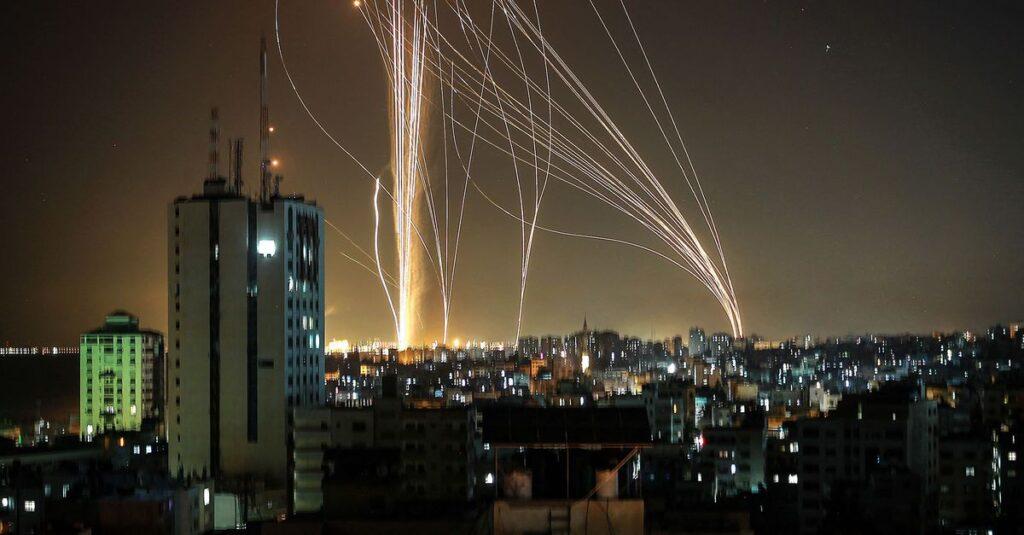 A Hamász rakétaesőt zúdított Tel-Avivra és Izrael központi részére