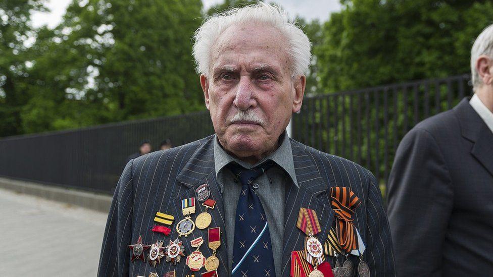 Elhunyt az auschwitzi koncentrációs tábor utolsó élő felszabadítója